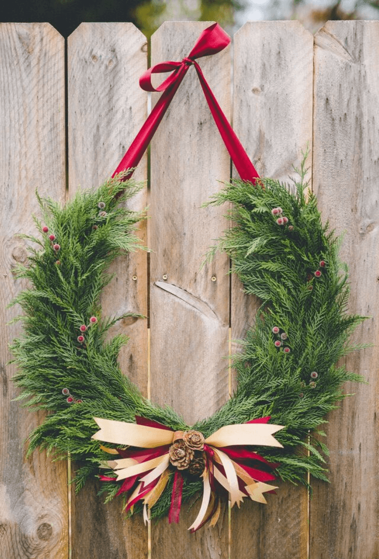 Horseshoe Christmas Tree For Sale.Horseshoe Wreath