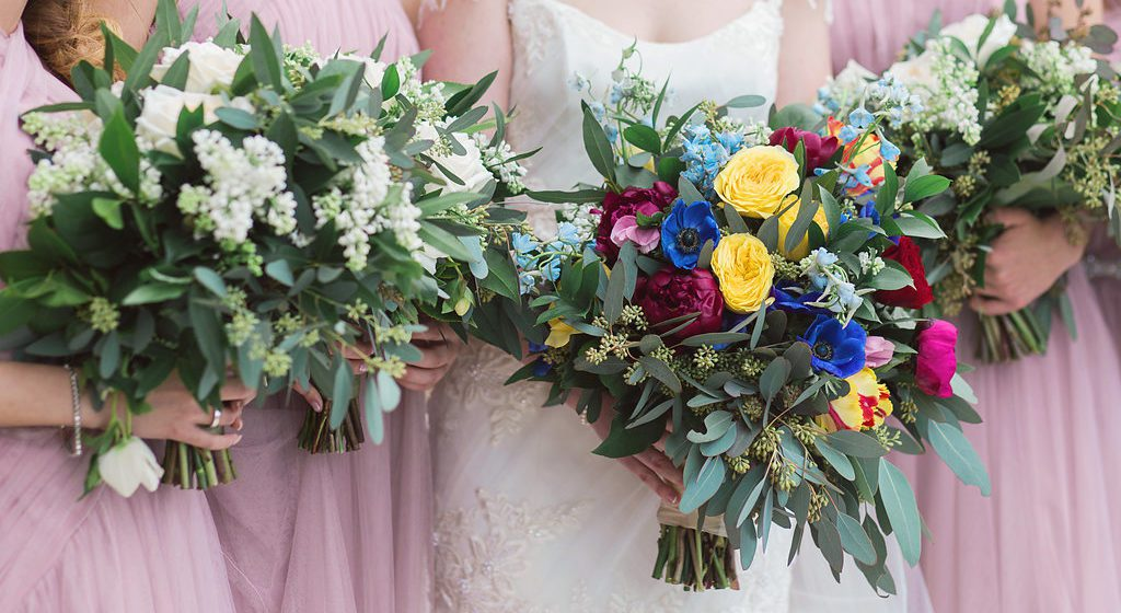 bridesmaids bridal bouquets