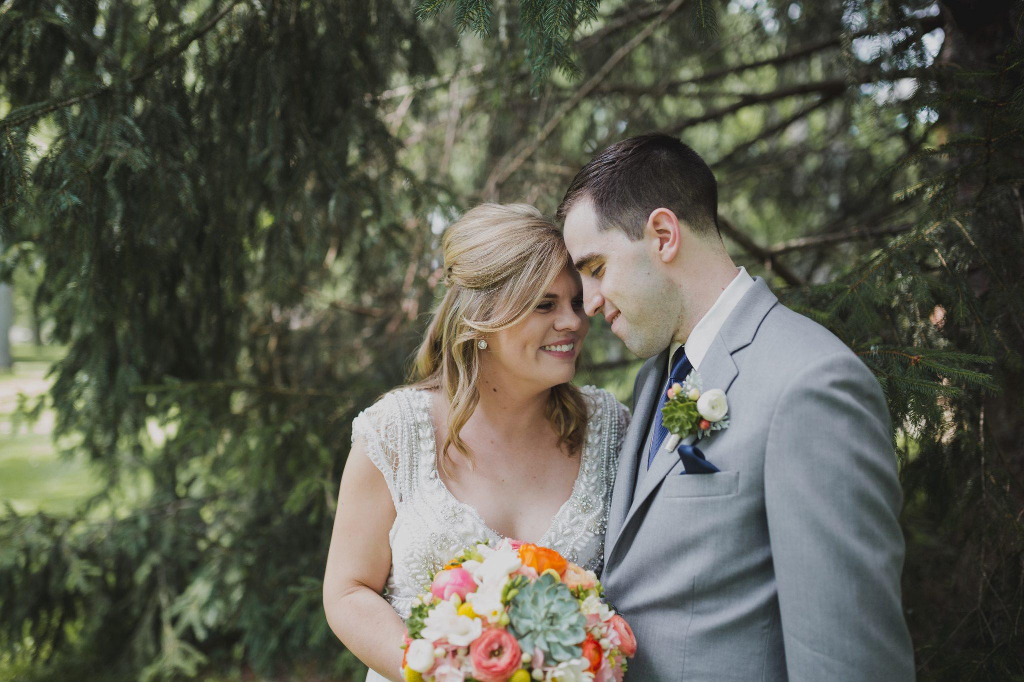 Dayton Ohio summer wedding, Dayton wedding florist, Ohio wedding