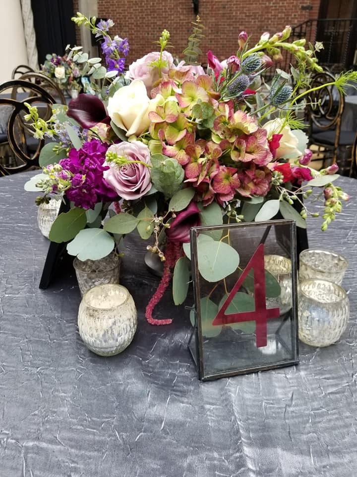 low_centerpiece, low_wedding_centerpiece, Dayton_art_institute_wedding, reception_decor