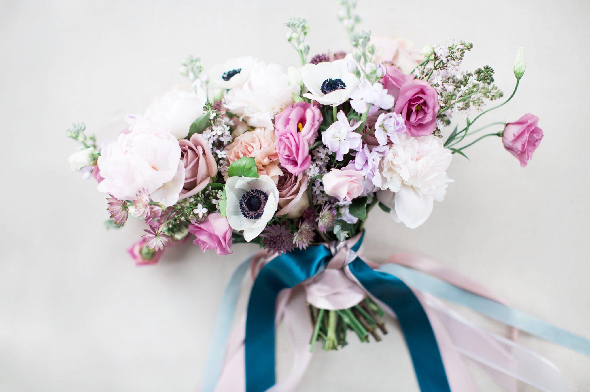 Spring_wedding_bridal_bouquet, wedding_flowers, wedding_florist, anemones, romantic_bridal_bouquet