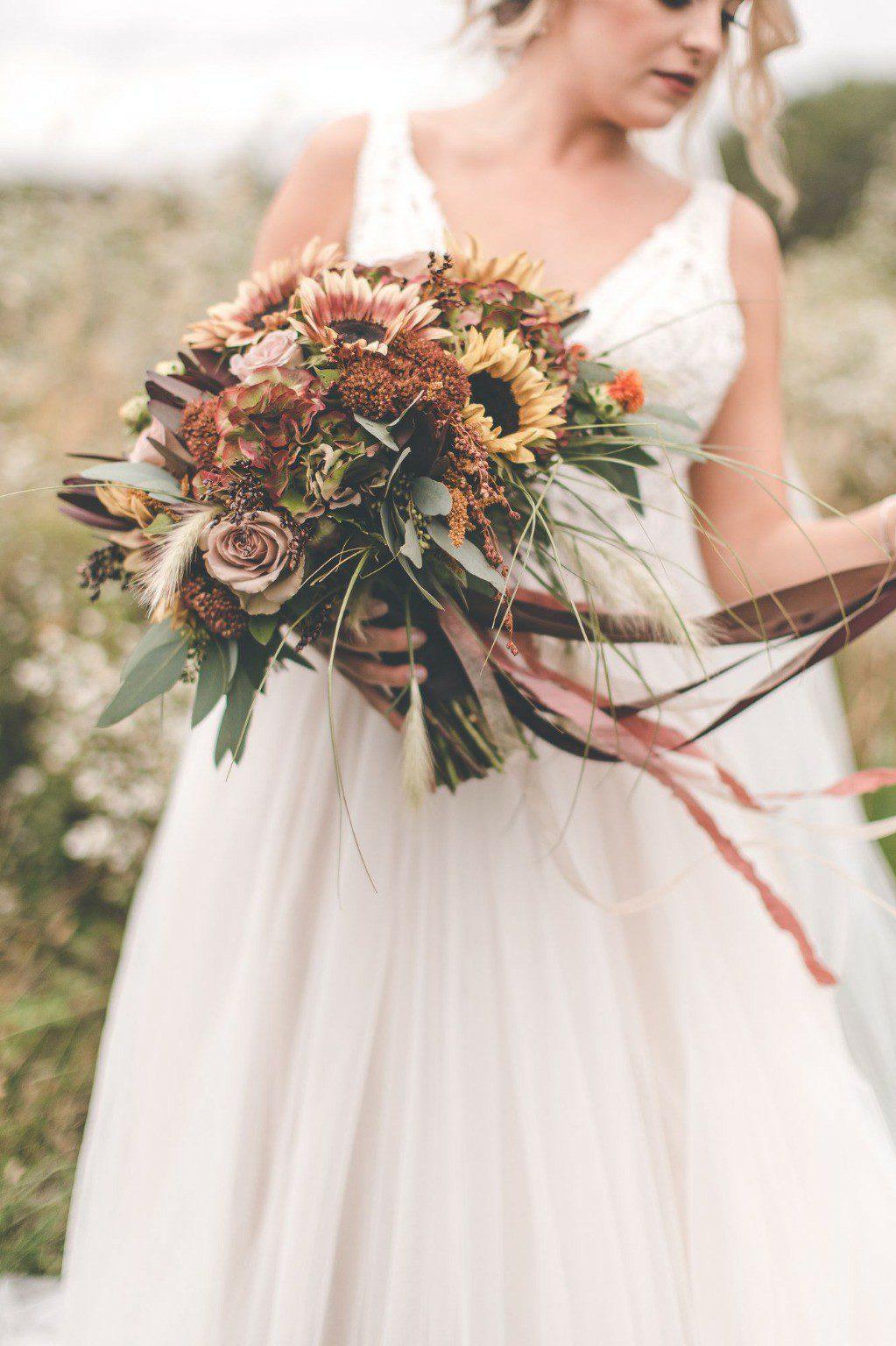fall-wedding-bouquet,fall-bridal-bouquet,sunflower-bouquet,wedding-flowers
