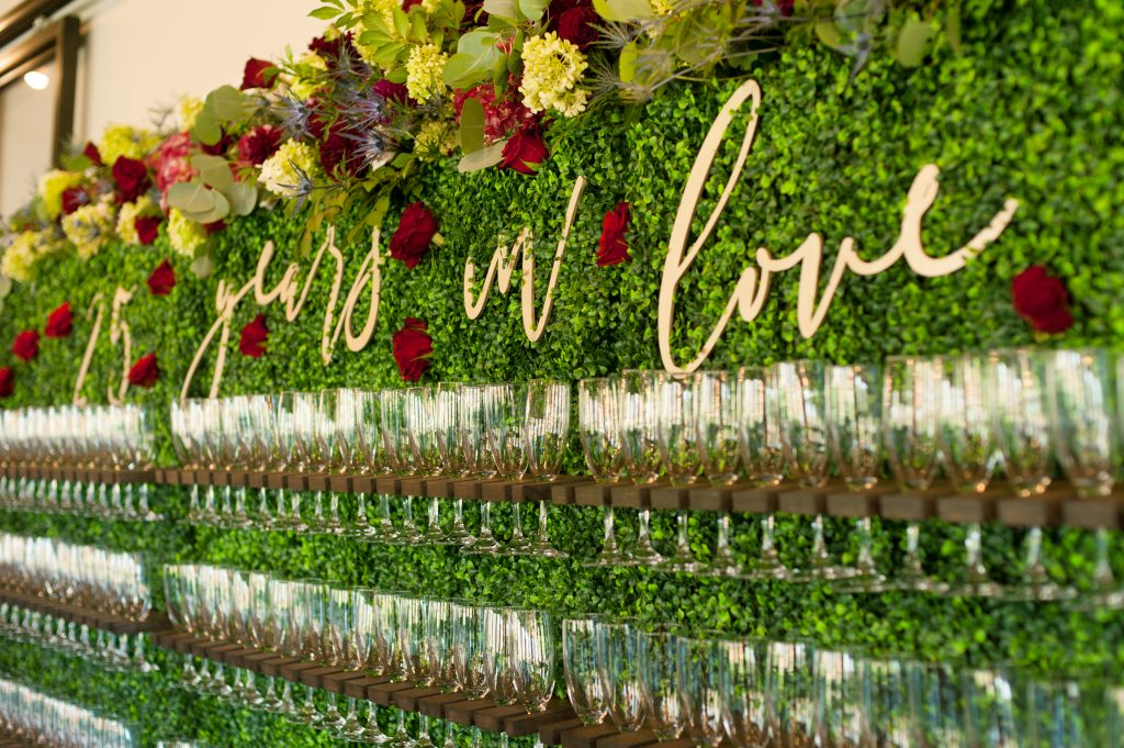 Stone_Valley_Meadows_wedding_reception_Ceremony_venue_flowers_florist_Dayton_ohio_champagne_Wall_flowers