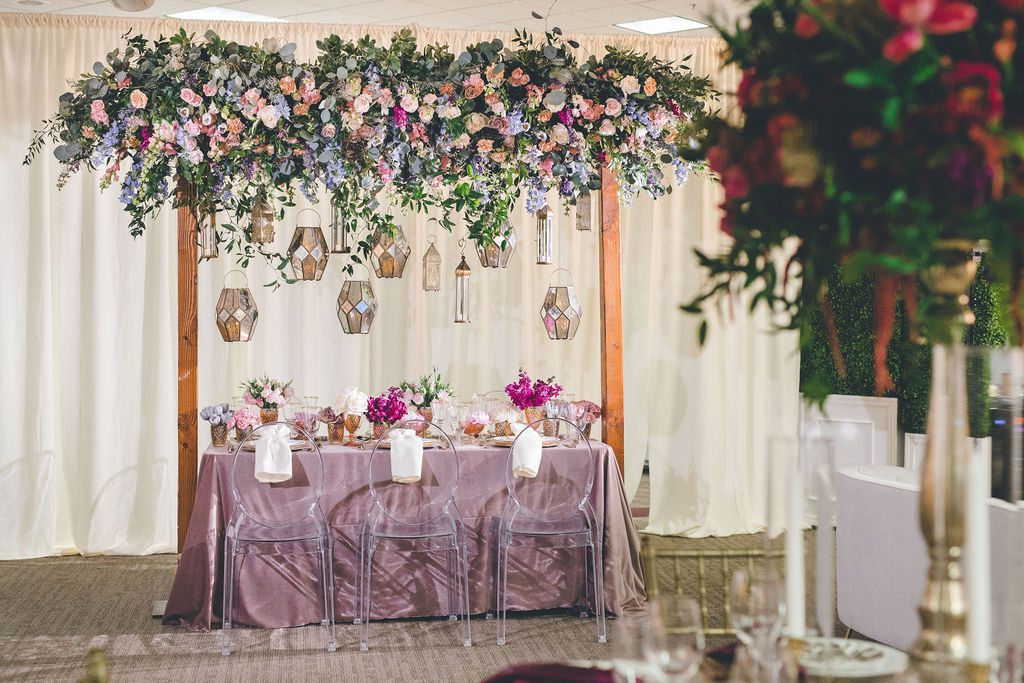 wedding_centerpiece_arch_hanging_lanterns_dayton_ohio_florist_Decor_table