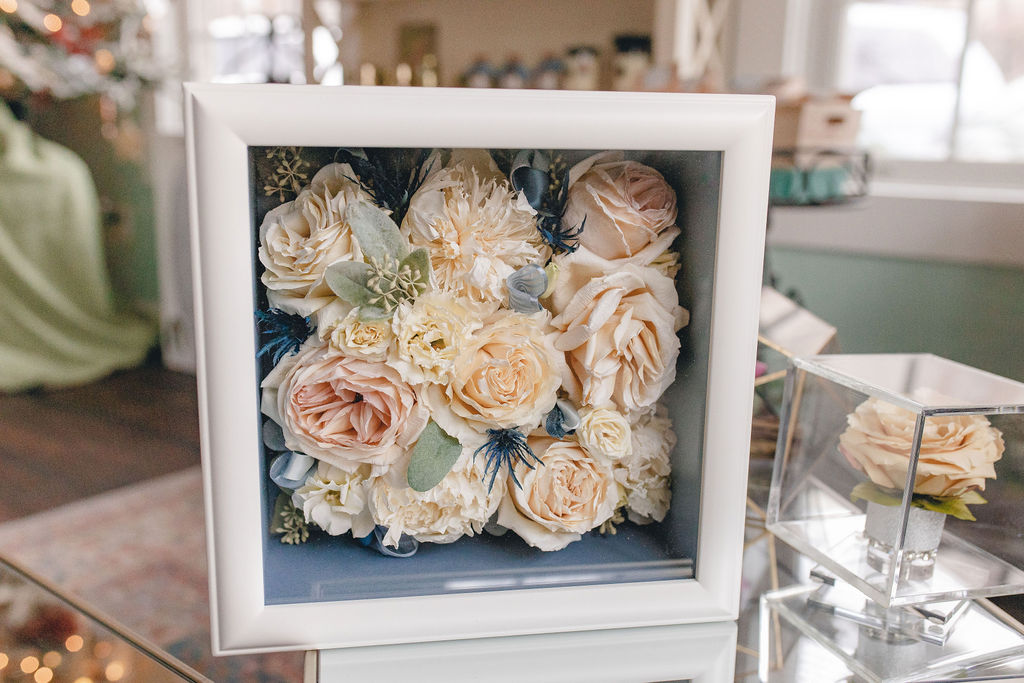 flower_preservation_floral_dried_bridal_bouquet_preserved_flowers_shadowbox