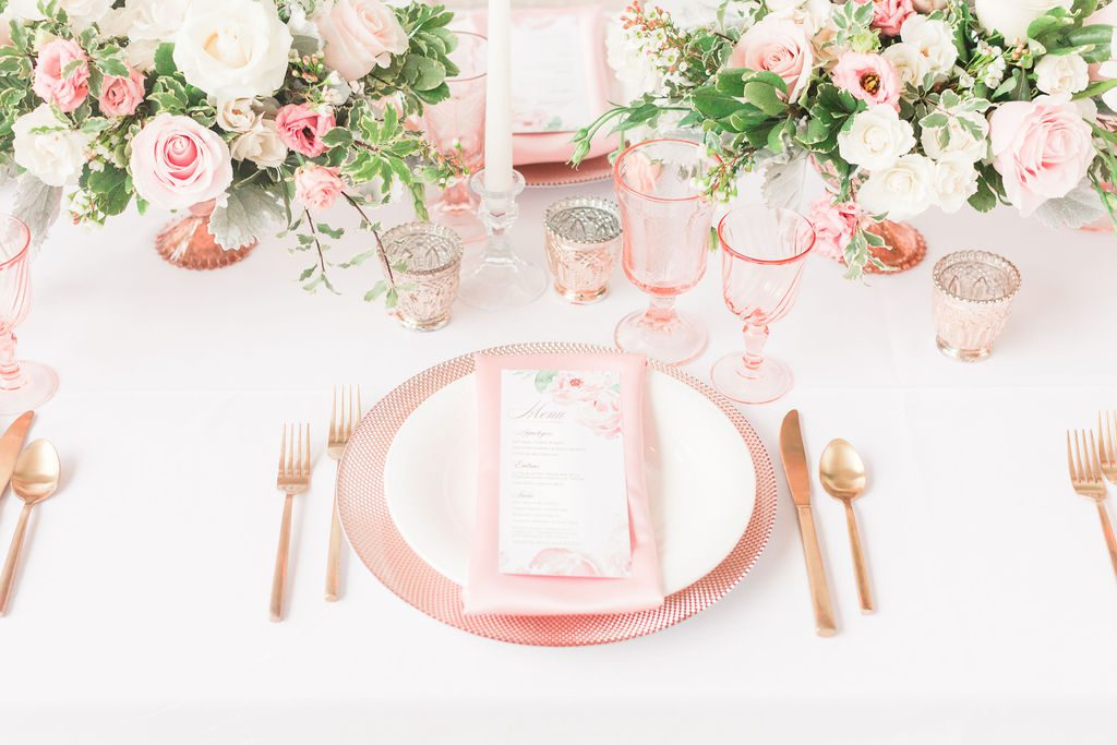 Blush_and_bloom_wedding_planner_Dayton_wedding_florist_wedding_filowers_centerpieces_menu