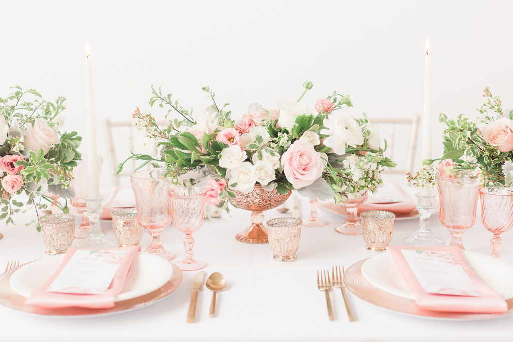Blush_and_bloom_wedding_planner_Dayton_wedding_florist_wedding_filowers_centerpieces_compote