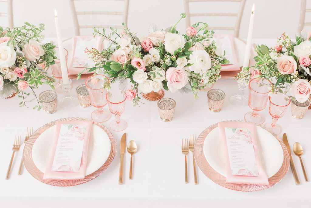 Blush_and_bloom_wedding_planner_Dayton_wedding_florist_wedding_filowers_centerpieces_place_setting